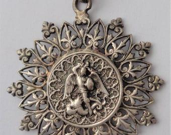 medal Vintage st michael