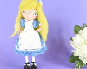 Alice in Wonderland, Alice amigurumi, crochet doll, articulated doll, posable art doll, Alice doll, Wonderland Alice, amigurumi doll