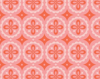 Monaluna - Meadow - Pinwheel Knit organic pink flowers ornaments