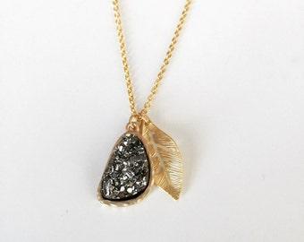 Dainty Druzy Necklace with Leaf Charm