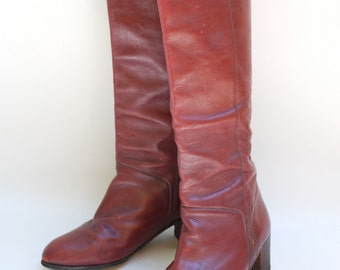 Vintage 70s oxblood leather boots. Size 6.5 boots. Stacked heel boots. Tall boots. Pointed toe boots. Bohemian dream. Dancing queen.