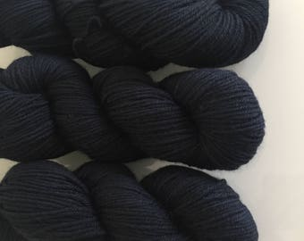 Hand Dyed DK BFL yarn in colourway Colonel Fitzwilliam 100g
