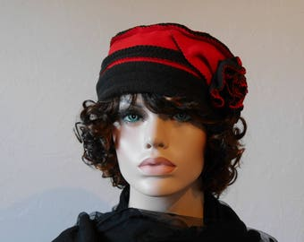Fleece Hat reversible red and black Donia 5