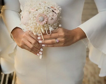 Destination wedding bouquet - beach wedding bouquet - summer wedding bouquet - shell bridsl bouquet - pale pink bouquet