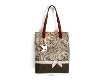 Tote bag in shades of brown made of printed cotton cloth cashmere type Pikeros model 040
