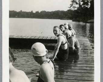 Vintage 30s Snapshot, Woman & Men at the Lake, Swimwear, Swimsuit, Photo #102