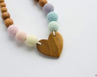 Rainbow Heart Nursing Necklace - Pastel Colors, Applewood - Easter Baby Gift, New Mom Necklace, Teething Beads - NH04