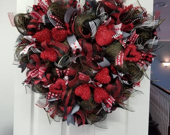 Valentines Wreath Cupids Arrow Mesh Home Decor Red and Black