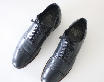 10.5 D | Stacy Adams Cap Toed Oxfords Navy Leather Lace Up Dress Shoe