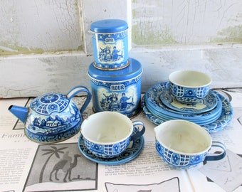Vintage Wolverine Delft Blue \u0026 White 19 Piece Tin Tea Set : delft dinnerware sets - pezcame.com