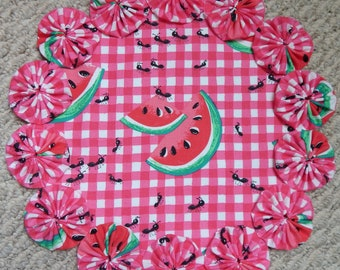 "12"" Pink and White Gingham with Watermelon and Picnic Ant Yo Yo Doily"