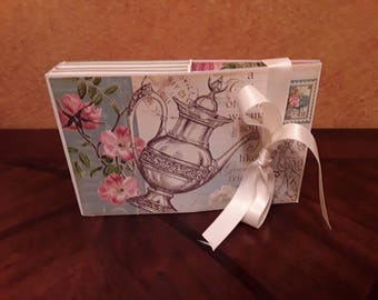 Set of 6 Note Cards in a decorated container