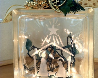 Night Light Manger Scene Mary Joseph and Jesus Hand Etched Christmas Decoration Special Lighting