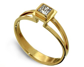 PRINCESS Engagement Ring, Solitaire Diamond Engagement Ring, Princess cut Square Diamond Ring, 14k gold engagement ring, Mothers Day Gift
