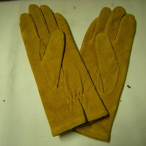 vintage women gloves-Winter gloves-Fownes gloves-imported suede-size M-