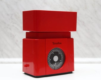 70s / 80s Red Vintage Kitchen Scale Balance - Terraillon Plastic Scale