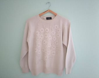Off white vintage embroidery flowers overworked retro sweater jumper size S