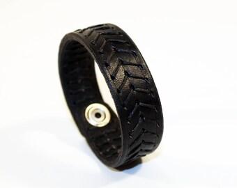 Black Leather Cuff Bracelet! Leather bracelet!Nice gift for women! Nice gift for men! Black wrist cuff!Bracelet wof women!Bracelet for men.