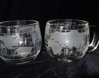 Nestles Two Tea Cups Clear Glass World Map Home and Garden Kitchen and Dining Tableware Drinkware Coffee and Tea Cups