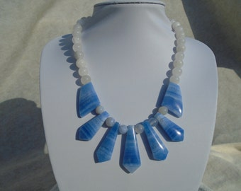 Dyed blue agate fan with light blue agate beads and matching earrings