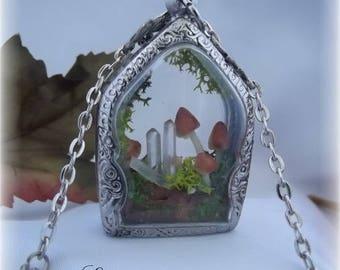 Terrarium nature autumn quartz pendant necklace
