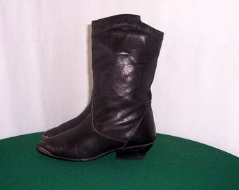Sz 10 Vintage Black Genuine Leather 1980s Women Mid Calf Western Style Boots.