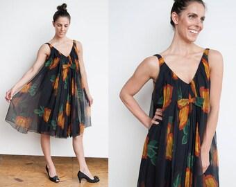 Vintage 1960's | Black I Floral I Babydoll I Swing I Tent Dress I M