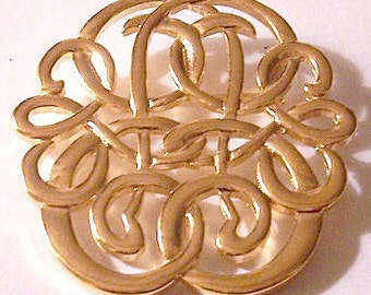 Filigree Swirls Pin Brooch Pendant Gold Tone Vintage Open Curls Winding Vines Vintage Weaved Ribs Polished Smooth Finish Bale Necklace Hook