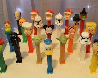 21 Vintage Pez Candy Dispensers,Hungary,Austria,Slovenia,Yugoslavia,Tigger,Fred Flintstone,Darth Vader,Mickey Mouse,Raphael,Donald Duck,Yoda