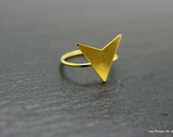 Gold spike ring size 53, ring