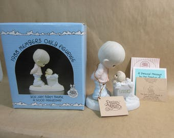 Vintage Enesco Precious Moments 1988 Member's Only Figurine You Just Can't Chuck Friendship in Box