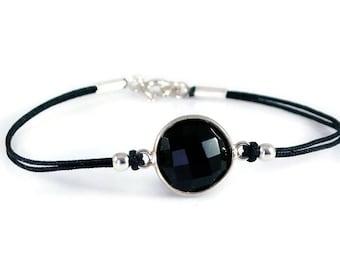 Black Onyx Sterling Silver Bracelet. Stone Bezel Bracelet. Cord Bracelet. Minimalist Jewelry. Delicate Bracelet. Blak Bracelet. Gift For Her