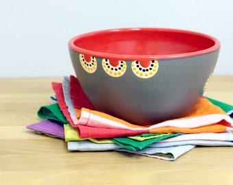 Rote Keramik Schüssel, Suppenschüssel, Müslischale, Salatschüssel, moderne Schale Hand geworfen Keramikschale von Nstarstudio