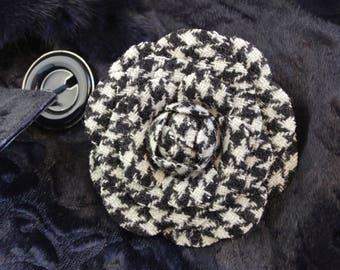Tweed camellia flower brooch, woolen jewelry, fall jewelry, houndstooth Harris Tweed camellia corsage, fall woolen brooch