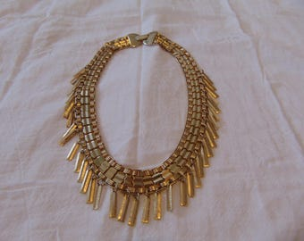 vintage gold tone cleopatra necklace dangles