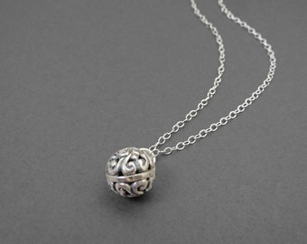 Sterling Silver Lace Ball Necklace