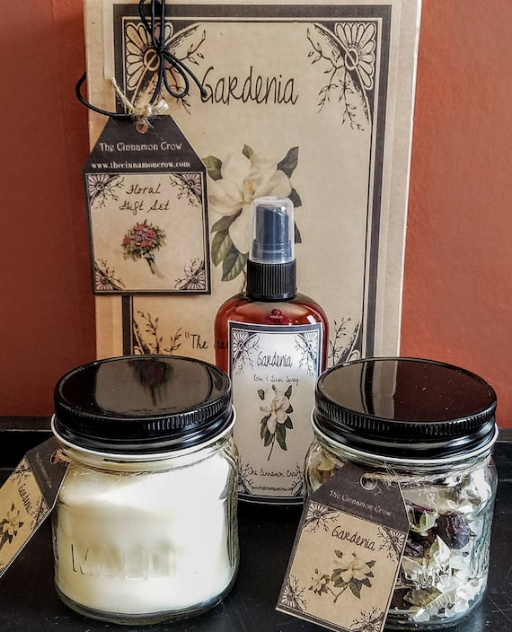 Hand Made Spring Flowers Gift Box ~ Hand Poured Soy wax candle~ Room Spray ~ Jar Potpourri~Gardenia