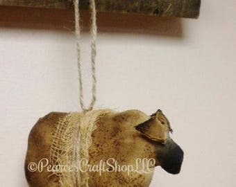 Primitive Sheep Ornament - Made To Order, Country Farmhouse Decor, Christmas Ornaments