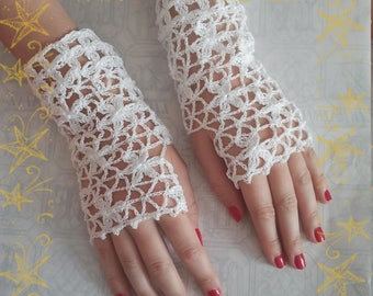 Fingerless gloves crochet lace white cotton flowers