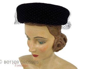 50s/60s Black Velvet Pillbox Veil Hat