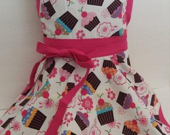 Kids apron, Personalized Girls cupcake Apron, kids cupcake apron, twirl skirt apron