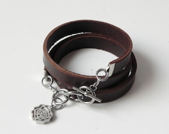 Leather Bracelet Leather Cuff Bracelet Wrap Bracelet with Stainless Clasp and Charm, Brown