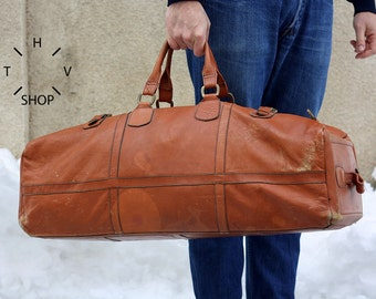 Vintage Large Travel Bag / Natural Tan Leather Weekend / Overnight Duffel Bag / Weekender Luggage Distressed / Carry On Unisex Bag - 70s 80s