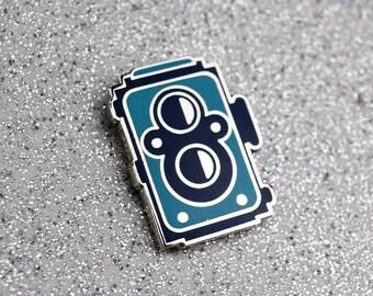 Film Camera Pin – Twin Rolleiflex Camera – Camera Enamel Pin