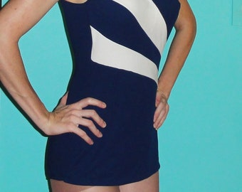 Vintage JC Penney Fashions Navy Blue & White Swimsuit M one piece ILGWU swimwear pinup retro beach playsuit 1950's bathing suit skirted