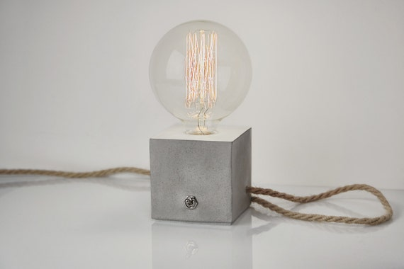 Concrete Lamp With Click Clack Switch And Jute Cable. Concrete