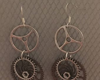 Steampunk gear earrings 2