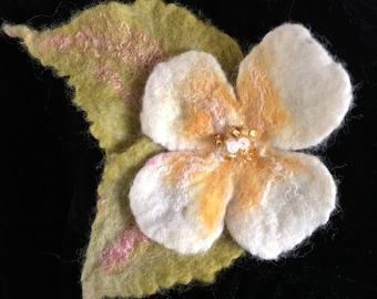 Evening Primrose flower brooch