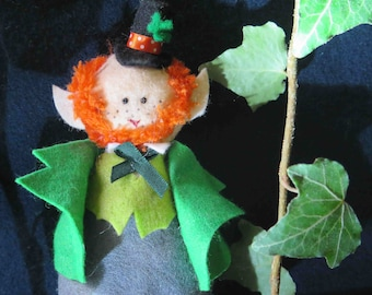 Saint Patrick - Leprechaun Marionnette - Puppet -Irish Groom -Handmade Felt Doll -Handmade in France -