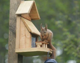 Picnic Bench Squirrel Feeder